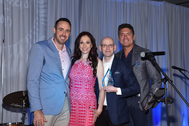 DDF Board President Michael Ehren, Executive Director Andrea Eidelman, 2019 Excellence in Communication Award recipient and #1 New York Times bestselling author Brad Meltzer, and MC Louis Aguirre of WPLG Local 10