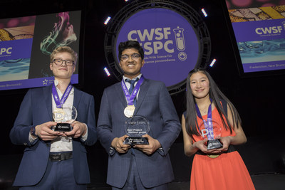 Manning Whitby (left), Bhavya Mohan and Islay Graham proudly showcase their awards at Canada-Wide Science Fair 2019 in Fredericton, N.B., May 17, 2019. (CNW Group/Youth Science Canada)