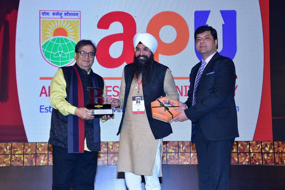 The Economic Times recognizes Apex Professional University as one of the Best Education Brands 2019 (PRNewsfoto/Apex Foundation)