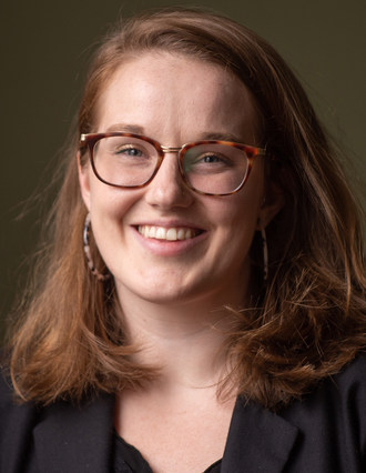 Marsha McLeod is the recipient of the newly-expanded CJF-Globe and Mail Investigative Journalism Fellowship. (CNW Group/Canadian Journalism Foundation)
