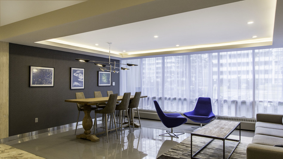 Renovated lobby at High Park Village in Toronto (CNW Group/The Minto Group)