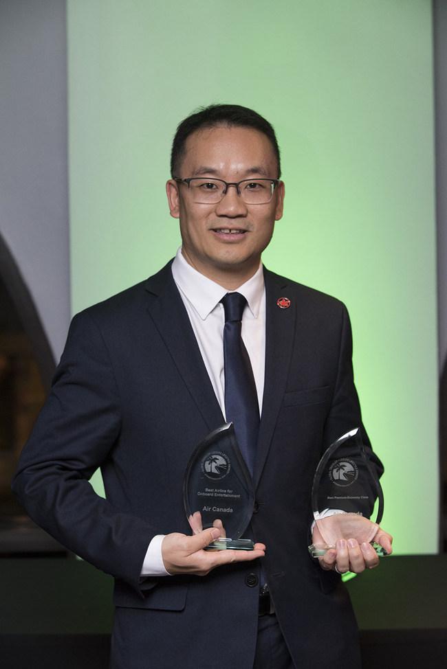 Air Canada remporte les prix de la Meilleure classe Économique Privilège et du Meilleur transporteur aérien pour les divertissements à bord du magazine Global Traveler (Groupe CNW/Air Canada)