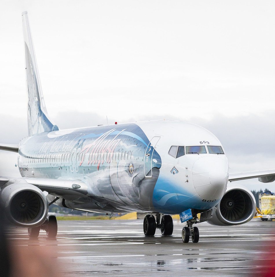 Alaska's Salmon-Thirty-Salmon plane delivers the first Copper River salmon