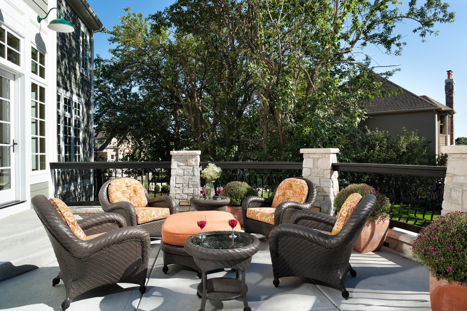 Matching Patio Sets – Zillow's Outdoor Living Trends to Leave Behind in 2019