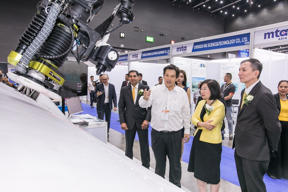 Thailand Board of Investment (BOI) Secretary-General, Ms. Duangjai Asawachintachit, visiting robotics technology on display at the 2019 edition of Intermach, ASEAN's Leading Industrial Machinery & Subcontracting Exhibition, MTA Asia and Subcon Thailand, in Bangkok earlier this month. (PRNewsfoto/Thailand Board of Investment (B)