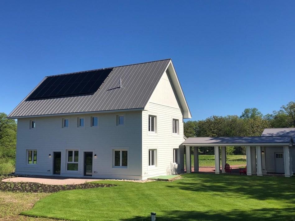 Evolutionary Builders' Passive home using solar + sonnen ecoLinx - 'Wildwood of Marengo' community in Chicago