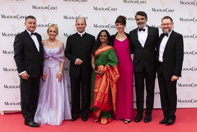 M & Mme Alzherra (Thales), Emmanuel Sprauel (President Angenieux), Modhura Plait, Severine Serrano (Angenieux), Rajiv Menon, Dominique Rouchon (Angenieux)@MCWB 2019