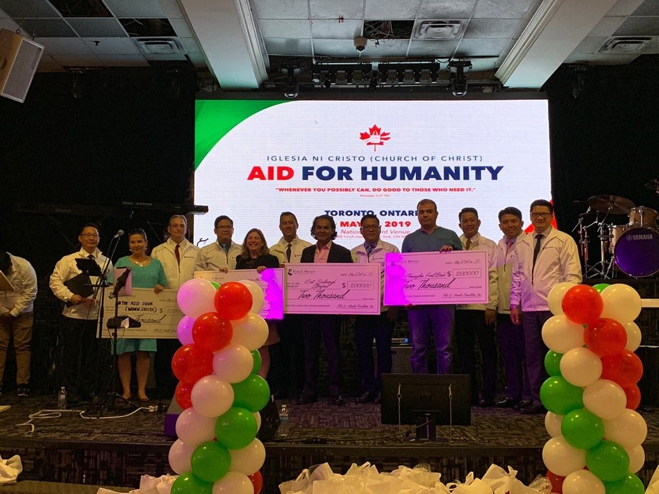 2019 May 23. Toronto food banks and shelters receiving financial assistance were Flemingdon Food Bank, North York Harvest Food Bank, East Scarborough Storefront, and Redwood, a women's shelter (M deJesus) (CNW Group/Felix Y. Manalo Foundation, Inc.)