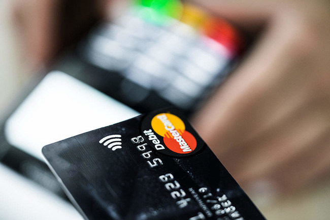 RoyalPay®, the secure, web-based, payments engine, allowing clients to eliminate manual eligibility verification, and complex payment calculations, while greatly increasing time-of-service payments.