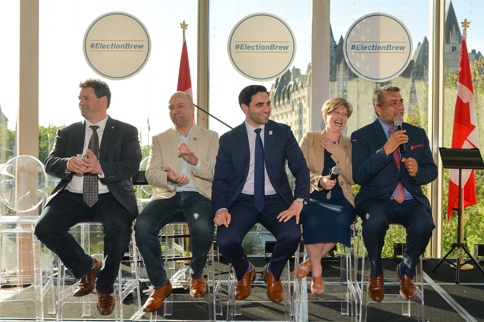 (Left to right) Nick Whalen, MP, St.John's East, Newfoundland and Labrador; Andy Fillmore, MP, Halifax, Nova Scotia; Peter Fragiskatos, MP, London North Centre, Ontario; Karen Vecchio, MP, Elgin—Middlesex—London, Ontario; Sukh Dhaliwal, MP, Surrey—Newton, British Columbia (CNW Group/Labatt Breweries of Canada)
