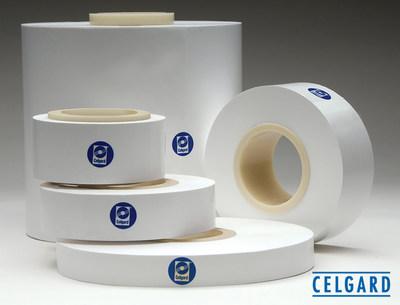 Membrana microporosa daCelgard® usada como separador em diversos tipos de baterias de íons de lítio