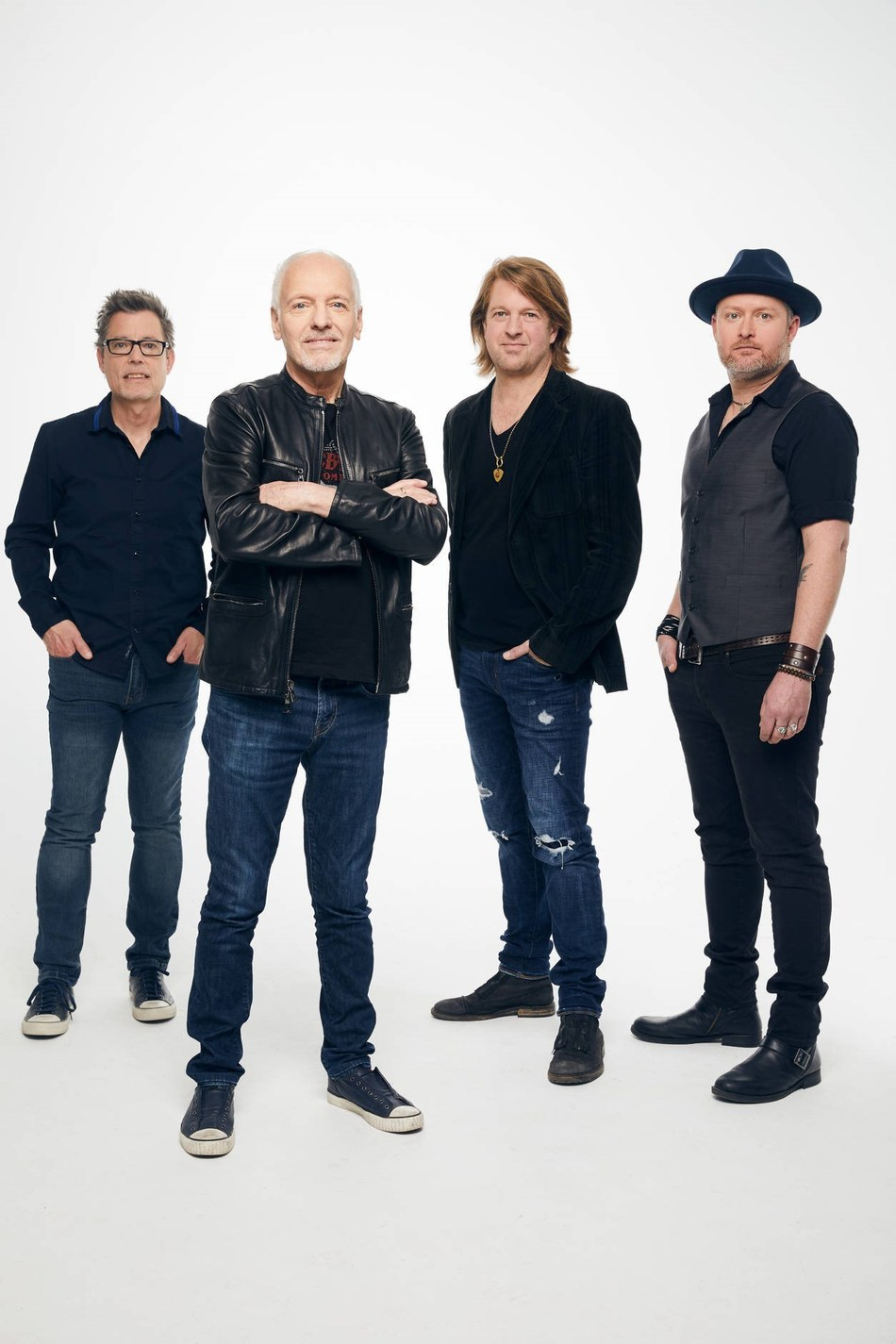 "The Peter Frampton Band has shared their new song ""Georgia On My Mind"" from their forthcoming album ""All Blues,"" due June 7."