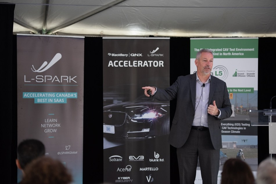 Martello CEO John Proctor presents Proof of Concept for the BlackBerry QNX L-Spark Accelerator on May 28, 2019. (CNW Group/Martello Technologies Group)