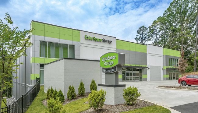W. P. Carey Inc. and Extra Space Storage Inc. Announce Self-Storage Net Lease Transaction