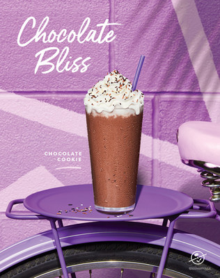 The Coffee Bean & Tea Leaf Adds Chocolate Cookie Cold Brew Ice Blended drink for summer