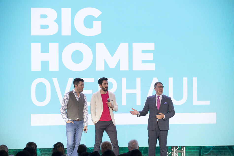 Corus' EVP of Broadcast Networks, Troy Reeb, is joined by HGTV Canada's Drew and Jonathan Scott to talk about Corus' premium brands and content (CNW Group/Corus Entertainment Inc.)