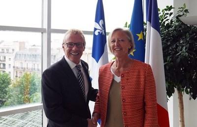 Le ministre Jean Boulet en compagnie de Mme Sophie Cluzel, Secrétaire d'État aux personnes handicapées du gouvernement français. (Groupe CNW/Cabinet du ministre du Travail, de l'Emploi et de la Solidarité sociale)