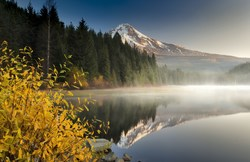 Fall is the perfect time to experience Mt. Hood Territory's many alpine lakes.