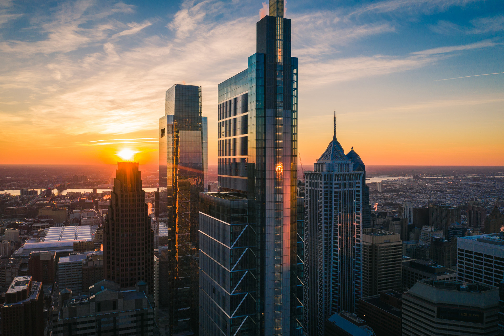 A Skyline Redefined: Four Seasons Hotel Philadelphia at Comcast ...