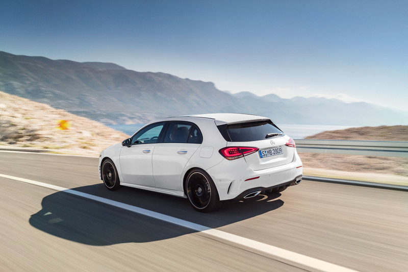The C-Class Sedan and A-Class Hatch were among the company's leading sellers for the month and year-to-date. (CNW Group/Mercedes-Benz Canada Inc.)