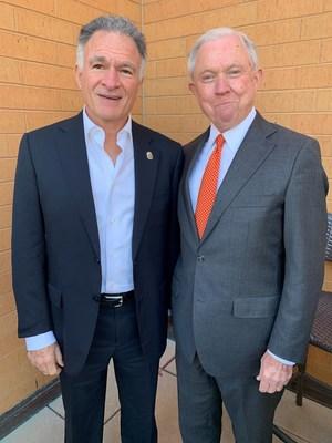 Dionisio Gutiérrez se reúne con el fiscal Jeff Sessions en la ciudad de Washington