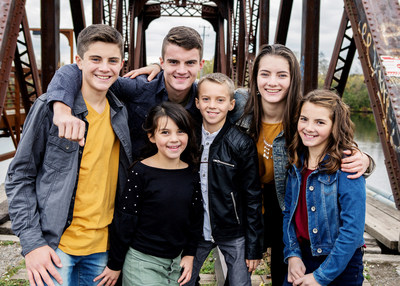 The Next Generation Leahy, a young Celtic singing and French-Canadian step dancing group, will perform at the festival. (CNW Group/Water's Edge Festivals & Events)