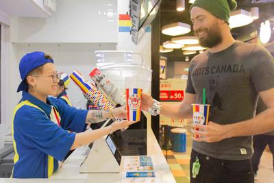 Hot Dog on a Stick(R)在华开设首家分店