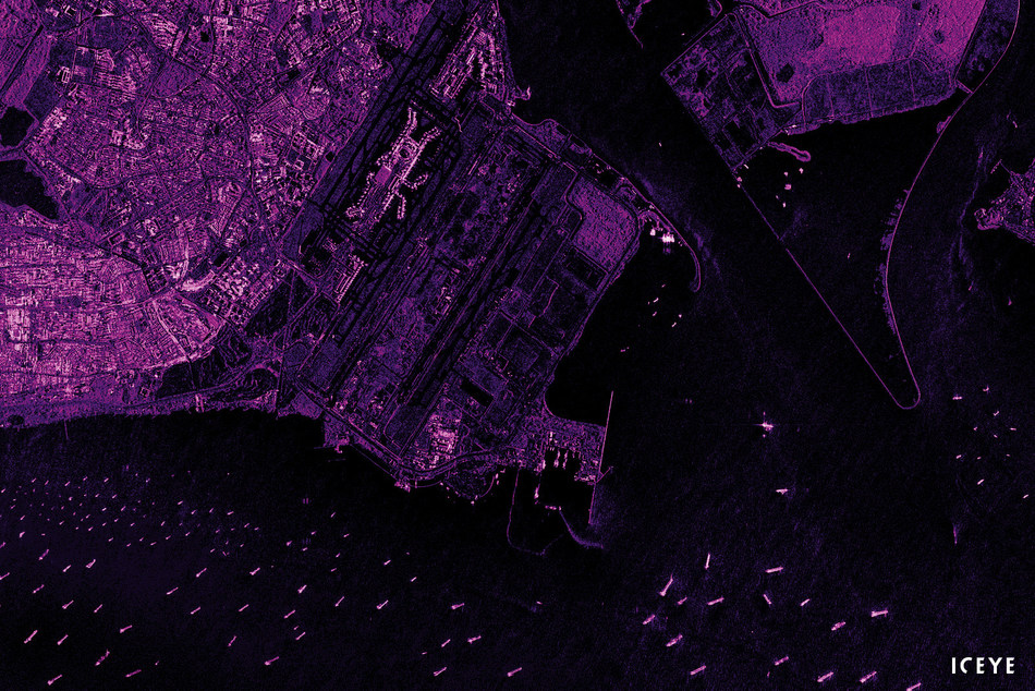 ICEYE-X2 radar satellite image of Singapore.
