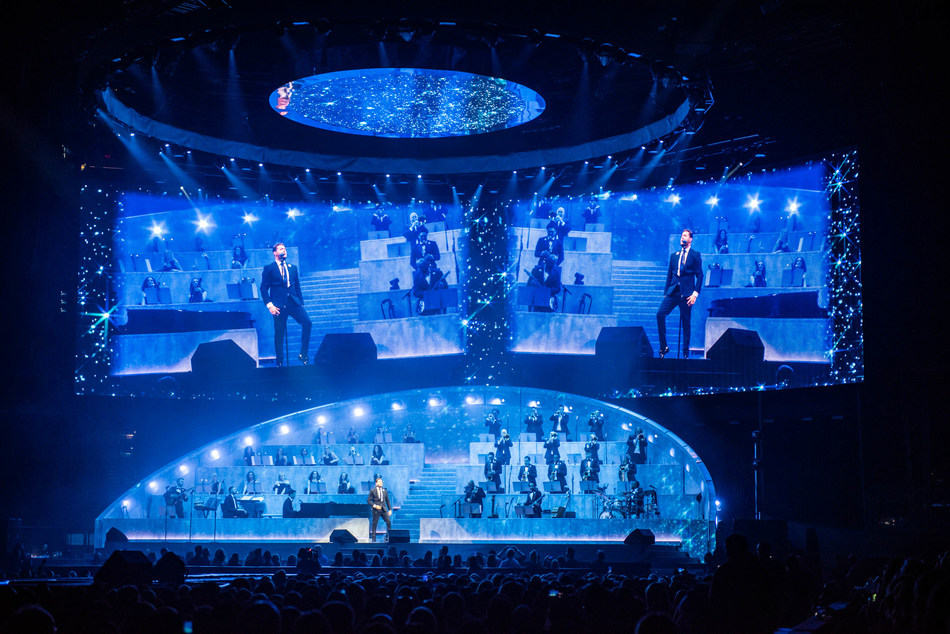 Michael Bublé Tour; Photo credit: Stufish Entertainment Architects (courtesy of Solotech) (CNW Group/SACO Technologies Inc.)