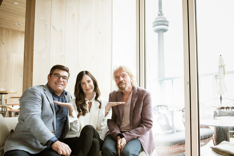 Virgin Voyages CEO Tom McAlpin, Captain Wendy Williams, and Sir Richard Branson (CNW Group/Virgin Voyages)