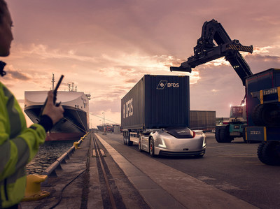 Vera's First Assignment: Volvo Trucks Presents an Autonomous Transport Between a Logistics Centre and Port