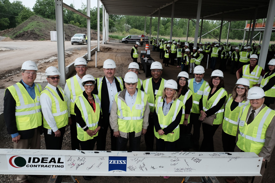 ZEISS celebrates steel construction completion of new Michigan facility.