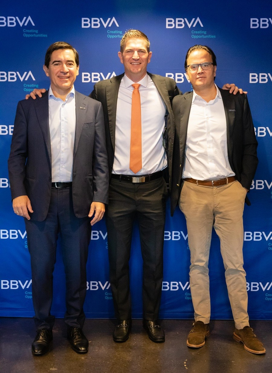BBVA Group Executive Chairman Carlos Torres Vila (left), Dynamo former player Bobby Boswell (center), and BBVA USA President and CEO Javier Rodriguez Soler (right) at the BBVA Stadium press conference in Houston.