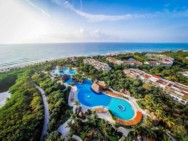 Valentin Imperial Maya sprawling pool and lush vegetation