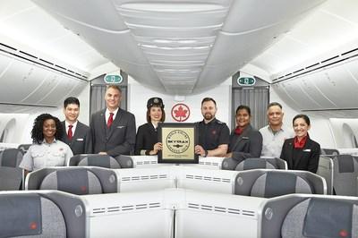 Air Canada a été nommée meilleur transporteur aérien en Amérique du Nord pour la troisième année d'affilée. (Groupe CNW/Air Canada)