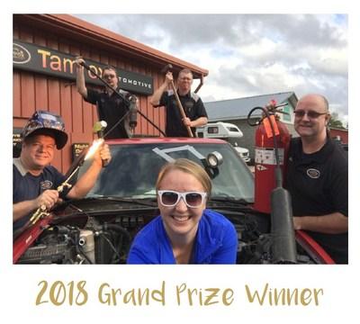 2018 Shop Team Selfie Winner