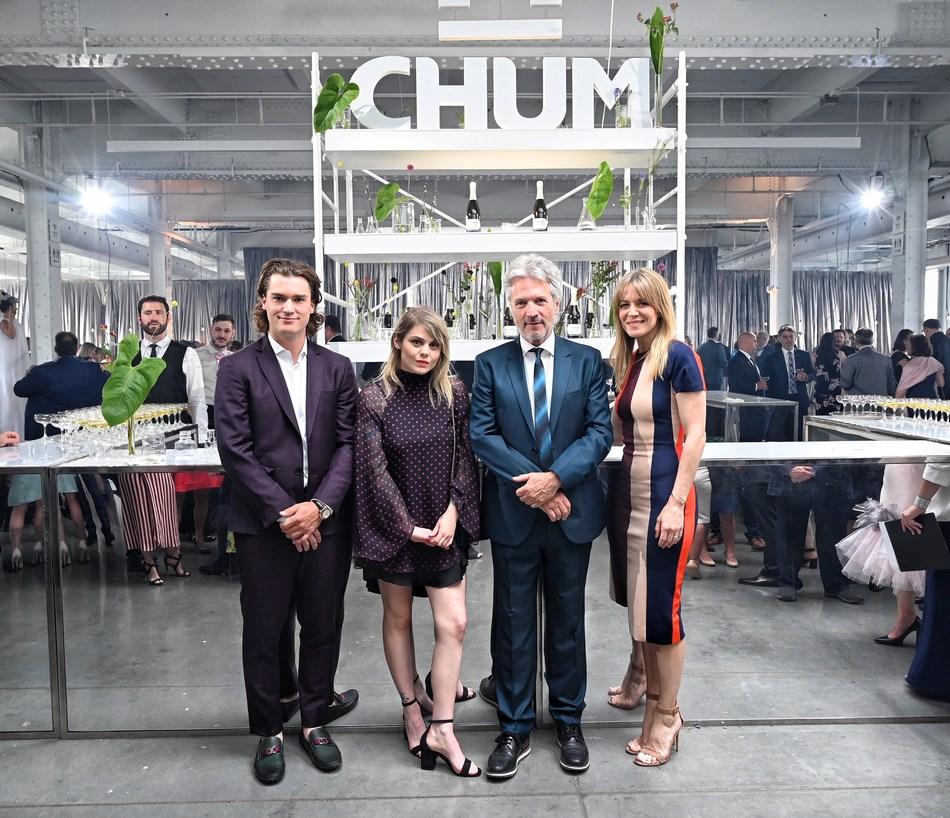 Our ambassadors: Jonathan Drouin, Béatrice Martin (Coeur de pirate), Véronic DiCaire and the Fondation du CHUM's Volunteer Spokesperson, Claude Meunier. (CNW Group/Fondation du CHUM)