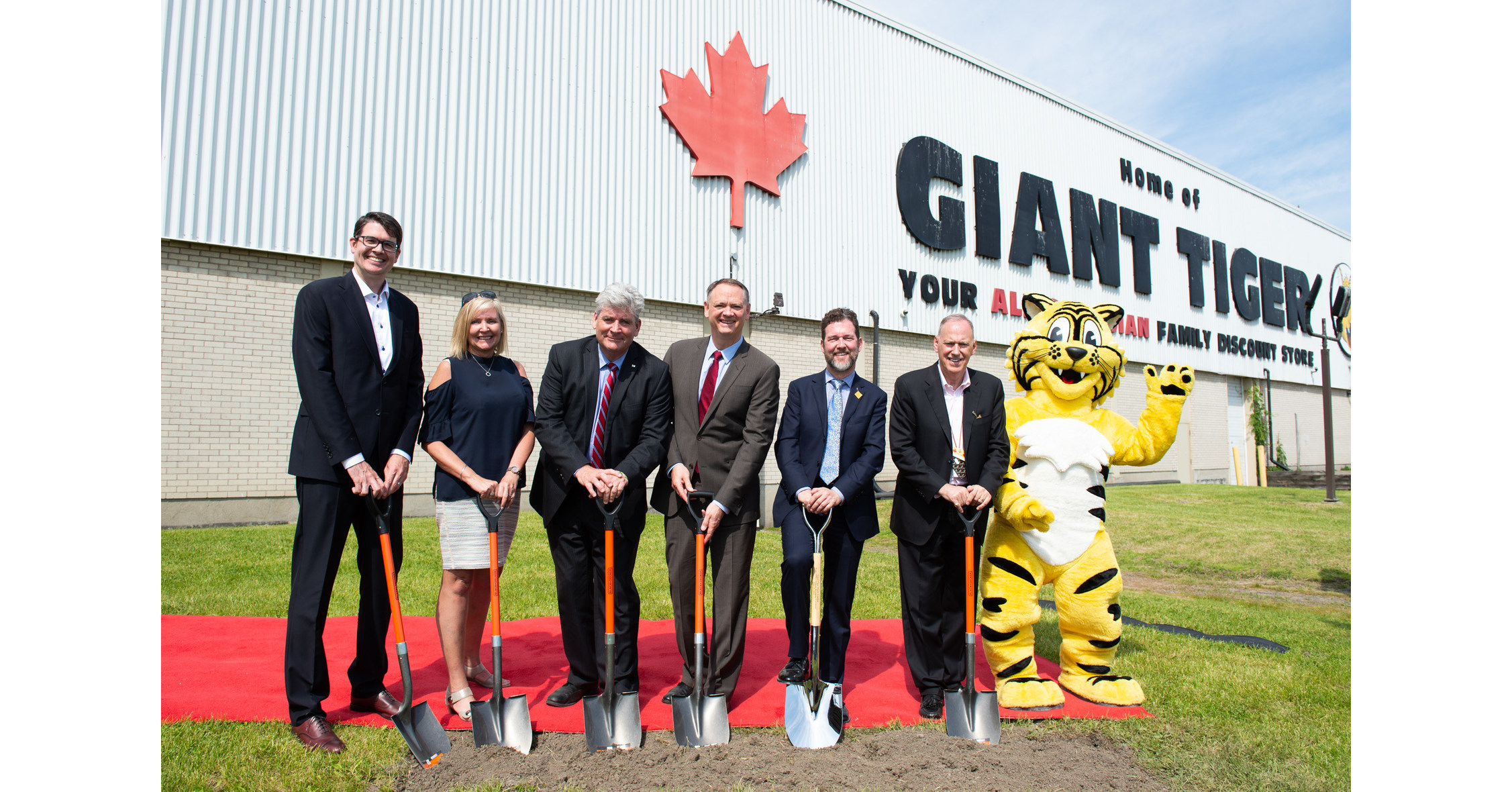 Giant Tiger breaks ground on new Ottawa headquarters to