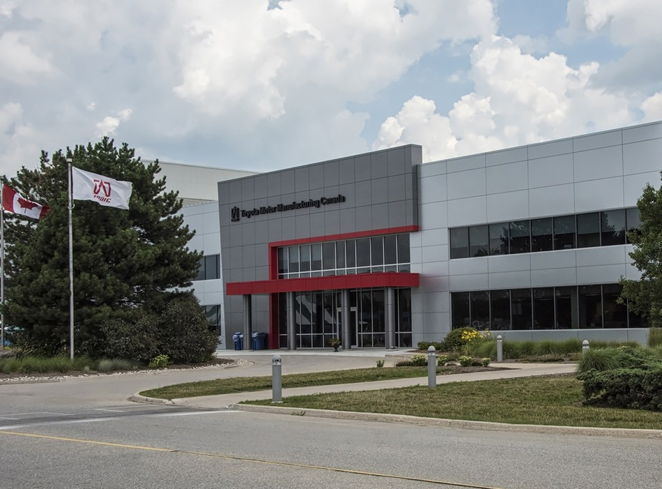 Toyota Motor Manufacturing Canada Inc. (TMMC) plant in Cambridge, Ontario. (CNW Group/Toyota Canada Inc.)