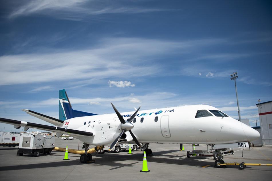 WestJet Link in Calgary (CNW Group/WESTJET, an Alberta Partnership)
