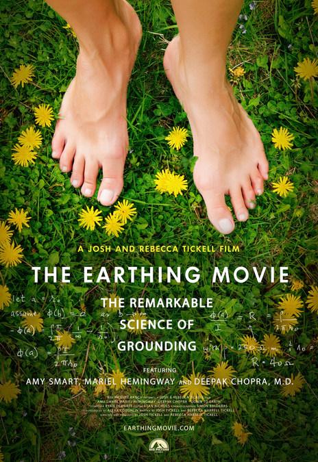 fda6fc15aa18 Deepak Chopra, Amy Smart, Mariel Hemingway Show How Going Barefoot ...
