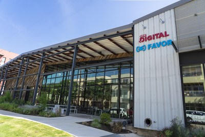 The Eastside Tech Hub in Austin, Texas is a state-of-the-art, 81,000-square-foot office, for H-E-B's Austin-based H-E-B Digital Partners (employees), as well as the new headquarters for Favor, the Austin-based on-demand delivery company that is a wholly-owned subsidiary of H-E-B. H-E-B and Favor worked with IA Interior Architects to fully customize the recently renovated warehouse.