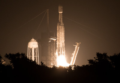 "A SpaceX Falcon Heavy rocket carrying 24 satellites as part of the Department of Defense's Space Test Program-2 (STP-2) mission launches from Launch Complex 39A, Tuesday, June 25, 2019 at NASA's Kennedy Space Center in Florida. Four NASA technology and science payloads that will study non-toxic spacecraft fuel, deep space navigation, ""bubbles"" in the electrically-charged layers of Earth's upper atmosphere, and radiation protection for satellites are among the two dozen satellites put into orbit. Photo Credit: (NASA/Joel Kowsky)"