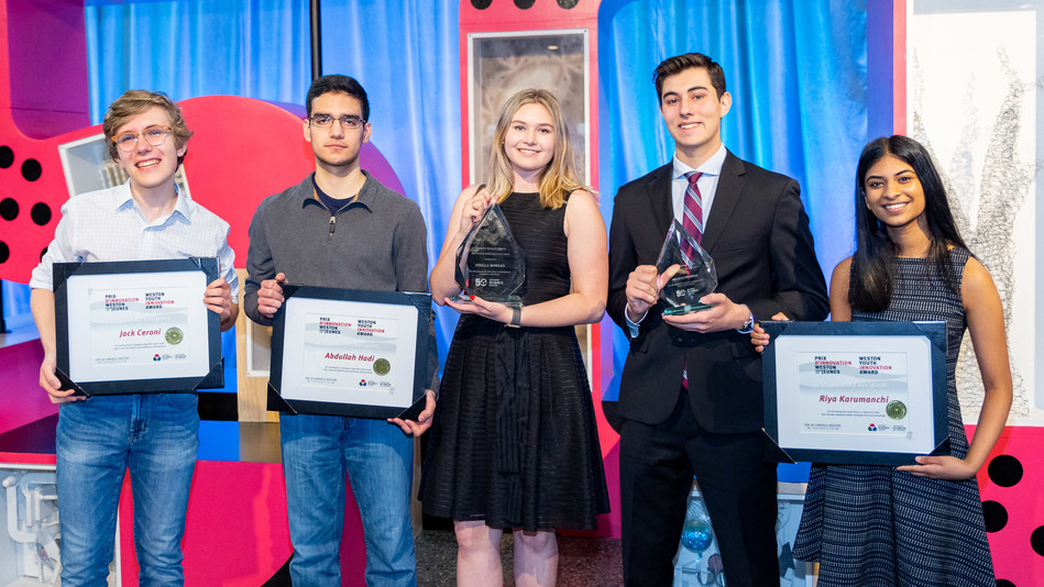 The Weston Youth Innovation Award recognizes and supports young Canadians who apply science and technology creatively to make a positive difference. This year's recipients from left to right: Jack Ceroni (third place), Abdullah Hadi (third place), Stella Bowles (first place), Nicolas Fedrigo (second place) and Riya Karumanchi (third place). (CNW Group/Ontario Science Centre)