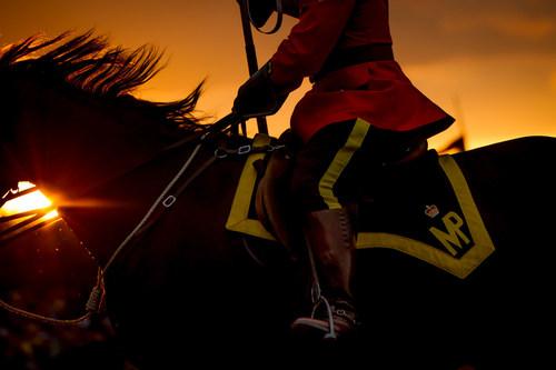 Le 30e anniversaire des Cérémonies du crépuscule canadien (Groupe CNW/Gendarmerie royale du Canada)