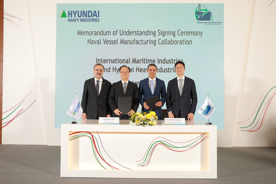 L-R: Mr. Amin H. Nasser, President and Chief Executive Officer, Saudi Aramco; Mr. Sang Hoon Nam, COO, Naval & Special Shipbuilding Business Unit, Hyundai Heavy Industries; Mr. Fathi K. Al-Saleem, Chief Executive Officer, IMI; Mr. Kisun Chung, SEVP, Hyundai Heavy Industries Group