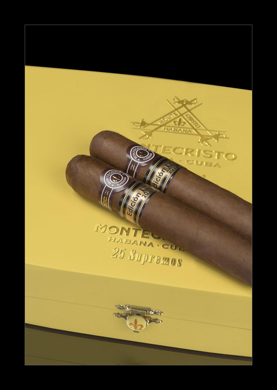 Montecristo Supremos box and habanos (PRNewsfoto/HABANOS SA)