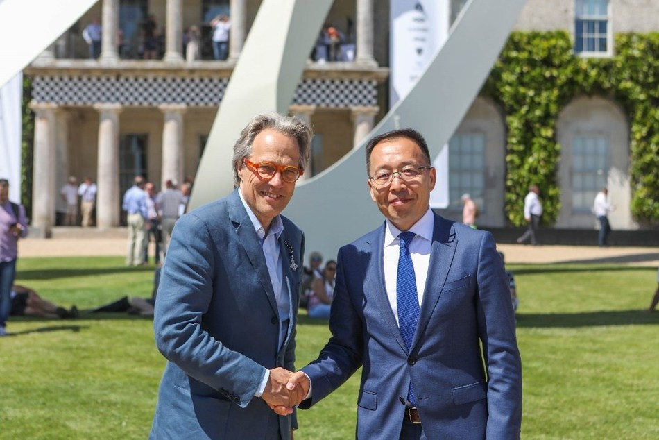 The Duke of Richmond meets with Victor Zhang, Huawei Global Vice President of Public Affairs