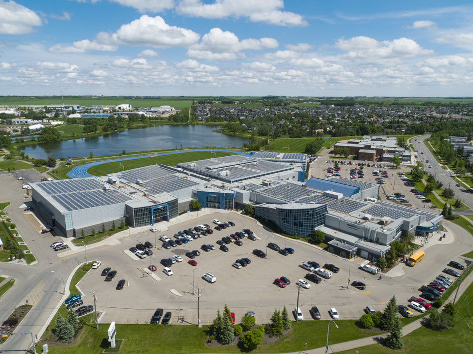 Canada's largest municipal rooftop solar system (CNW Group/ENMAX Corporation)