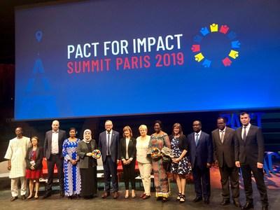 Participation au Sommet Pact for Impact à Paris : la vision du Québec en matière d'économie sociale reçue avec enthousiasme (Groupe CNW/Cabinet de la ministre déléguée au Développement économique régional)